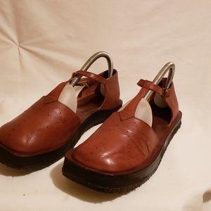Naked feet Womens Sandals Sz 8M Brown